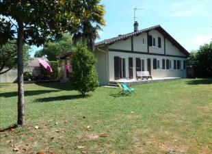 vente Maison / Villa 9 pièces Pau