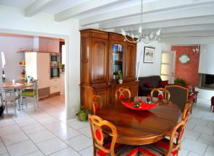 vente Maison / Villa 8 pièces Maiche