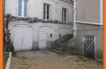 Недвижимость в городе Château-du-Loir, Земли Луары, Франция: 3-x комнатная квартира, площадью 40 m²