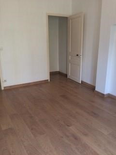 Location appartement Oullins 642€ CC - Photo 1