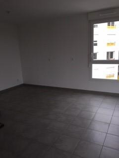 Location appartement Venissieux 745€ CC - Photo 5