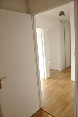 4 pièces - 3 chambres - balcon et box - 87 m²