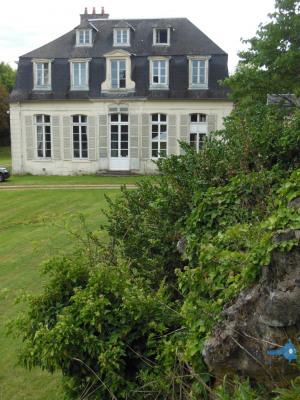 Vente - Château 10 pièces - 530 m2 - Val de Reuil - Photo