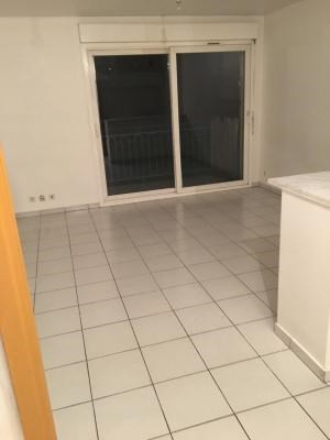 Location appartement Sevran 670€ CC - Photo 2