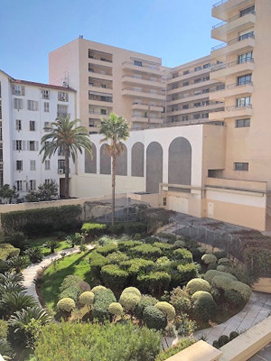 NICE CARRE D'OR 3 pièce (s) 82 m² avec Terrasses
