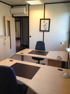 Rental - Office - 18 m2 - Saint Cloud - Photo