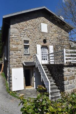 Ensemble de 2 maisons en pierres