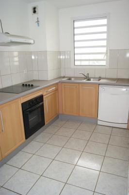 T4 de 103 m² et 2 parkings à 215 000 €