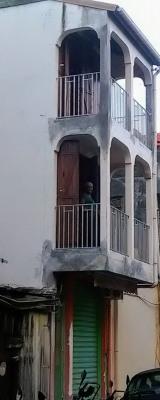 Centre de pointe à pitre - vente immeuble r + 2 + combles - loc