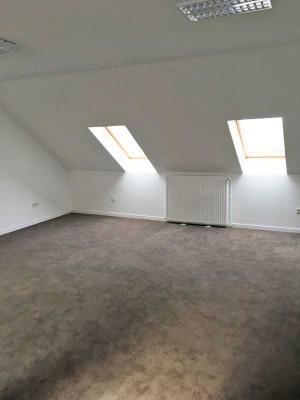 Rental - Office - 385 m2 - Arras - Photo