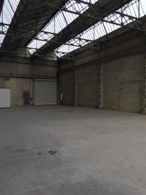 Location Local d'activités / Entrepôt Stains