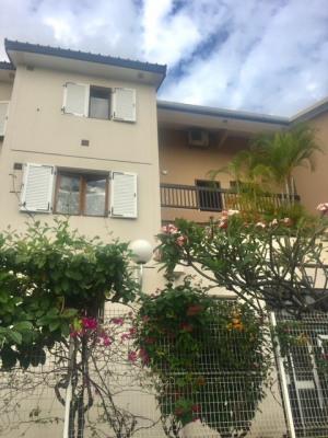 Appartement St Gilles Les Bains 3 pièce(s) 80 m2