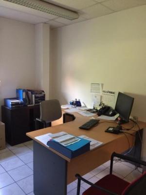 Activité, Bureaux à louer de 525m²