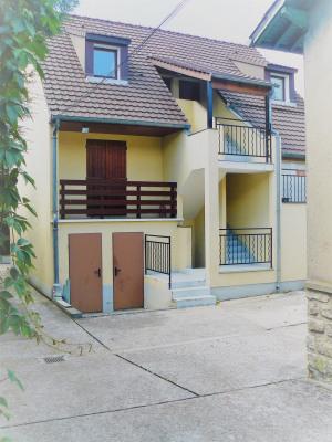 Vaucelles studio avec balcon et parking