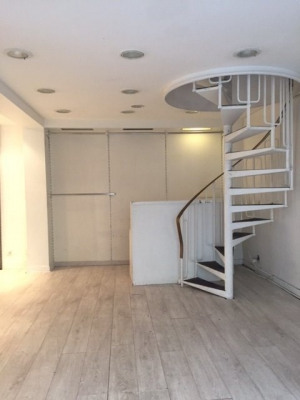 Local commercial - rue de Tracy - 65 m²