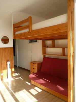 Studio meublé de 19.08 m² + 3.34 m² de loggia fermée