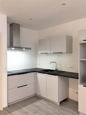 Location - Appartement 2 pièces - 37 m2 - Gémenos - Photo