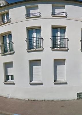 Rental apartment Vaujours 570€ CC - Picture 1
