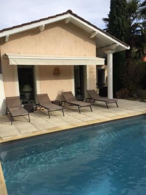 Maison de ville 5 pièce (s) 111 m² avec piscine