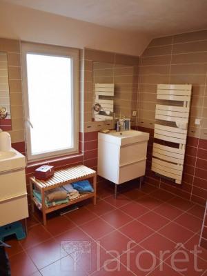 Sale apartment Bourgoin jallieu 273400€ - Picture 4