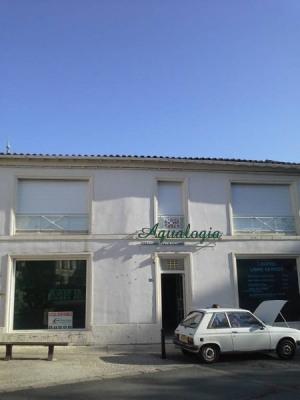 Location Boutique Le Gua