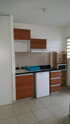 Appartement de type T1 - Sainte- Clotilde
