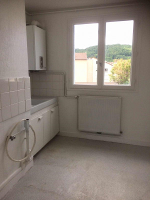 appartement T3 Centre Aurec + balcon