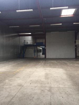 Location Local d'activités / Entrepôt Les Clayes-sous-Bois