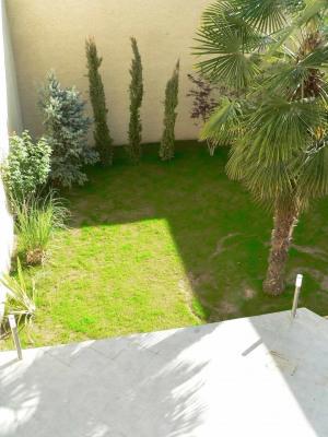 Sale - Villa 7 rooms - 180 m2 - Villeurbanne - Photo