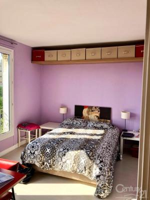 Location - Appartement 3 pièces - 73 m2 - Paris 20ème - Photo