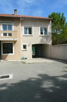 Sale house / villa Le Pontet (84130)