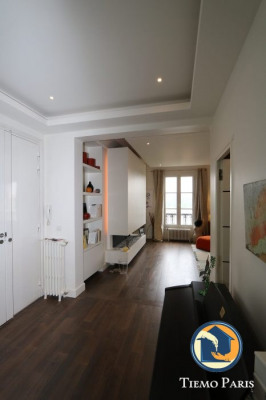 Location - Appartement 3 pièces - 92 m2 - Paris 7ème - Photo
