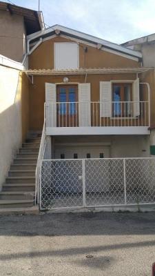 Vend maison de village à Beaurepaire