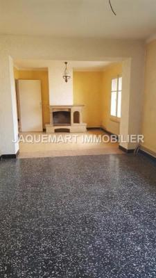 Maison de ville d'environ 120 m² avec 4 chambres