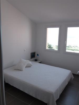 Location vacances maison / villa Giens 700€ - Photo 4
