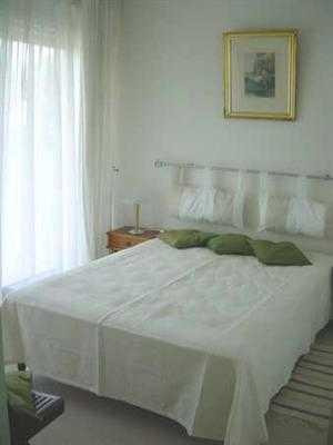 Vacation rental apartment Saint georges de didonne 1 170€ - Picture 4