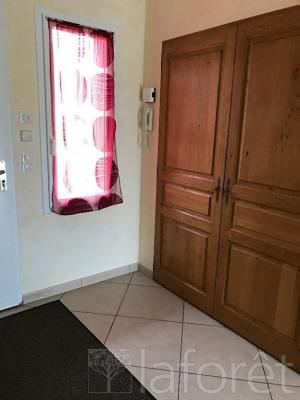 Sale house / villa Bourgoin jallieu 338000€ - Picture 8