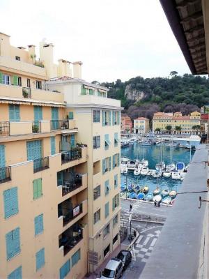 PORT DE NICE - Appartement 2 pièces de 25m² en der