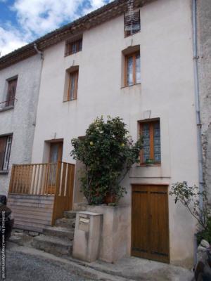 Maison T 4 rénovée avec terrasse et cave