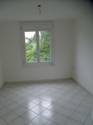 Location appartement St lo 515€ CC - Photo 4