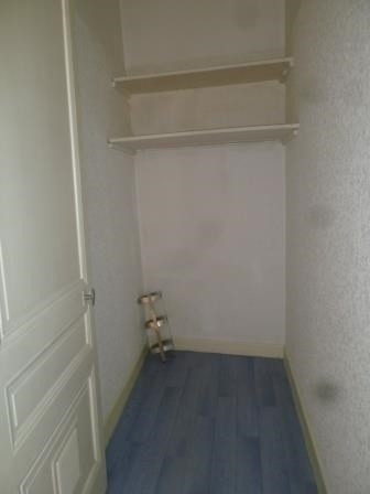 Location appartement St  genis laval 435€ CC - Photo 3