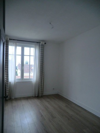 Rental apartment Chalon sur saone 580€ CC - Picture 3