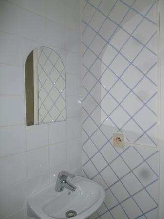 Location appartement La mulatiere 323€ CC - Photo 2