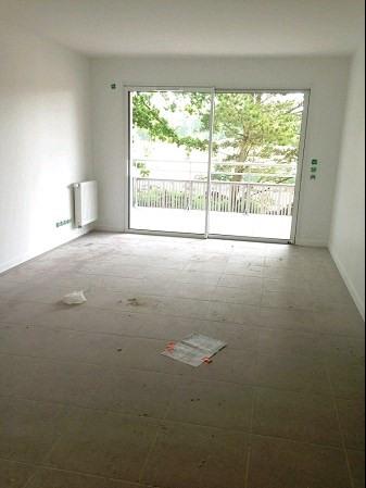 Rental apartment Challans 581€ CC - Picture 2