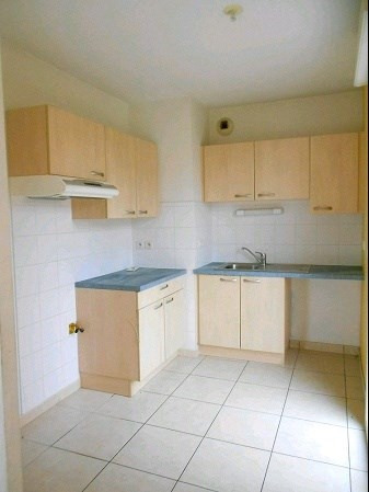 Location appartement Aizenay 655€ CC - Photo 2