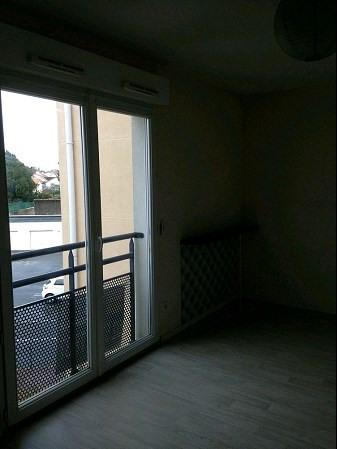 Rental apartment La roche sur yon 266€ CC - Picture 4