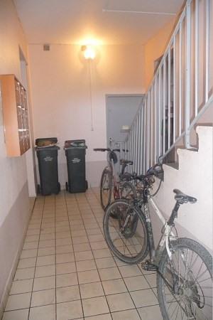 Affitto appartamento Decines 375€ CC - Fotografia 3