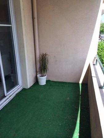 Locação apartamento Lyon 8ème 970€ CC - Fotografia 7