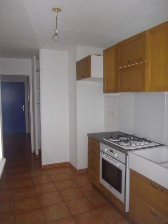 Rental apartment Frouzins 540€ CC - Picture 2