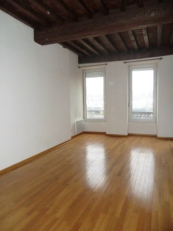 Location appartement Chalon sur saone 458€ CC - Photo 1